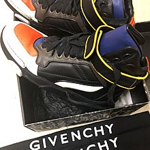 Givenchy Sneakers 41.5 9成新