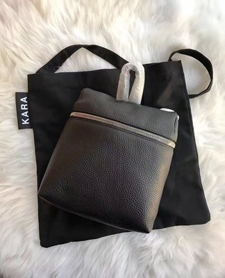 ╭☆包媽子店☆KARA TIBETAN SMALL Backpack 黑色&紅色荔枝紋全皮雙肩包~小號~