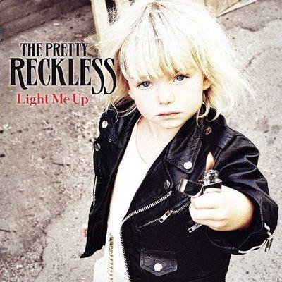 ##重金屬 全新CD  The Pretty Reckless - Light Me Up