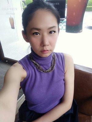 【獨調】莫蘭廸紫高領立領削肩上衣