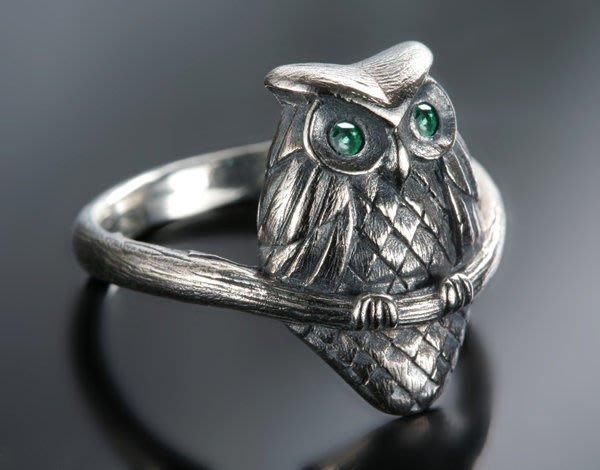 【創銀坊】貓頭鷹 綠寶石 925純銀 戒指 貓 青蛙 小鳥 熊貓 祖母綠 鑽石 翡翠 喬治傑生 玉 戒子(R-9201)