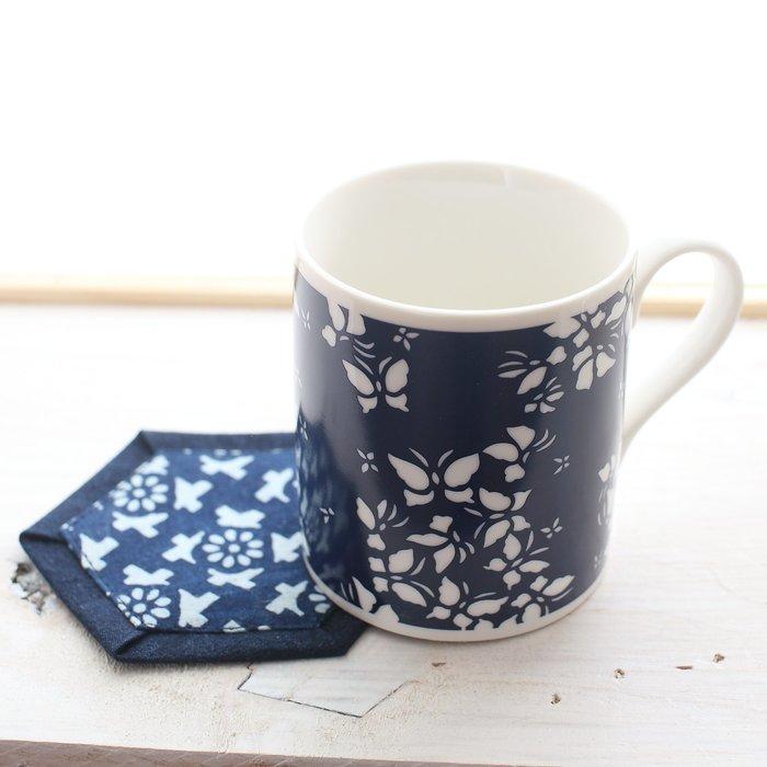 !中國藍Anewei藍染馬克杯-蝴蝶翩翩與白玫瑰兩款-萊爾富運費半價
