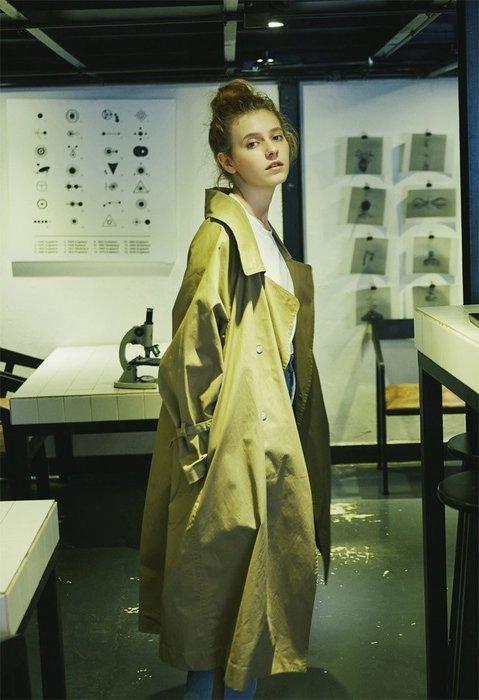 韓版純棉西裝領 軍風氣派雙排釦長版綁帶風衣大衣 粉/ 白/ 卡其/ 灰/  黑 2件免運!