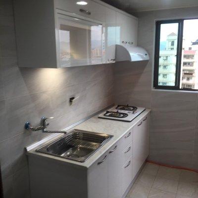 廚具也可以有自己的風格 物美價實五金嚴選 晶潔廚具 木芯桶+美耐門+美耐檯面上下櫃210CM搭喜特麗三機