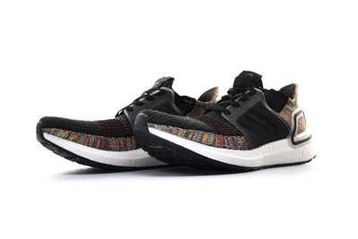 ADIDAS ULTRA BOOST 19 DARK PIXEL 黑白 彩虹 B37706