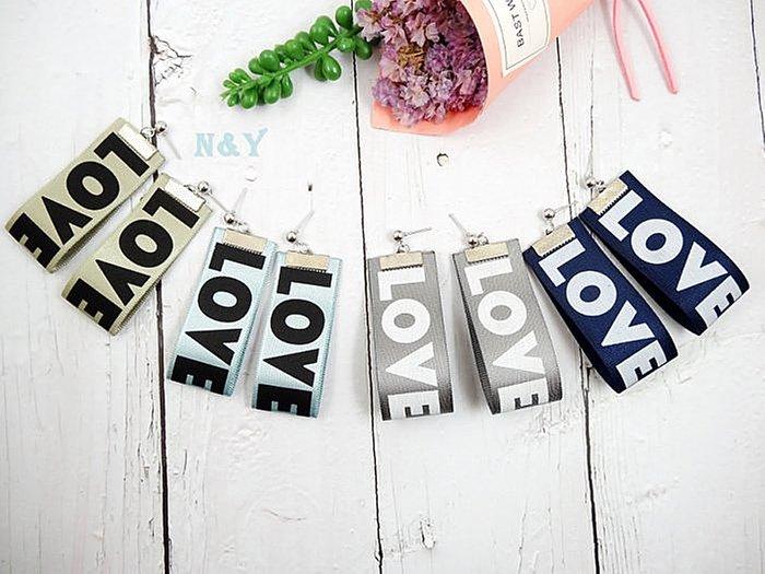 【N&Y】韓國英文字母LOVE絲帶耳環緞帶耳環EB65【現貨】☆多款顏色 可改耳夾☆