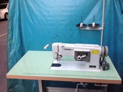 工業縫紉機.日本製BROTHER..861 兄弟繡花車、縮小板、100長、繡學號,人工自由繡,,贈LED工作燈,半年保固