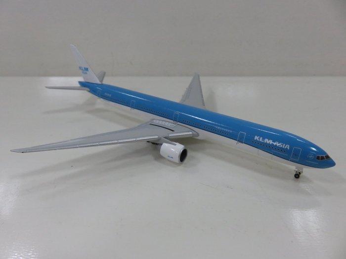 宗鑫 1/500 Herpa Wings HW531658 Boeing 777 300 ER