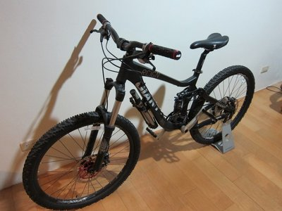 '09 Giant REIGN 2 消光黑 Size: XS