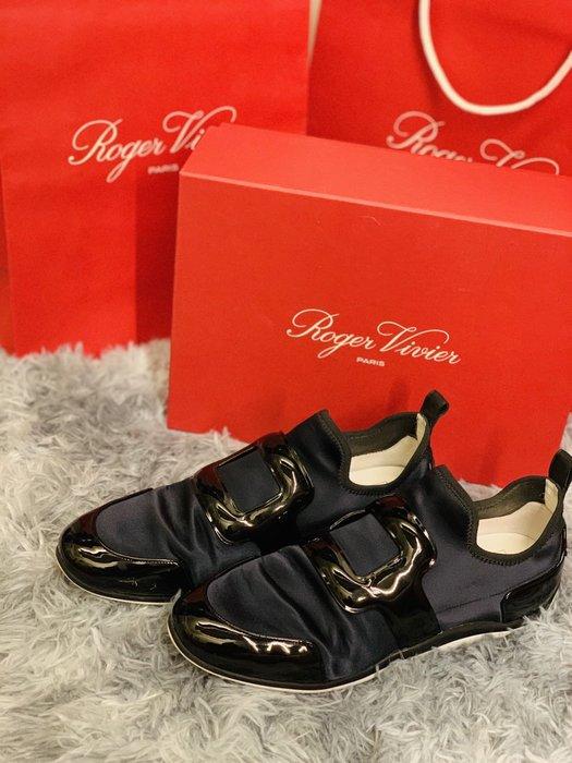 現貨正品RV秋冬美鞋侯佩岑同款Roger Vivier  Viv sporty 深藍休閒鞋 38.5(版正常)8.5成新