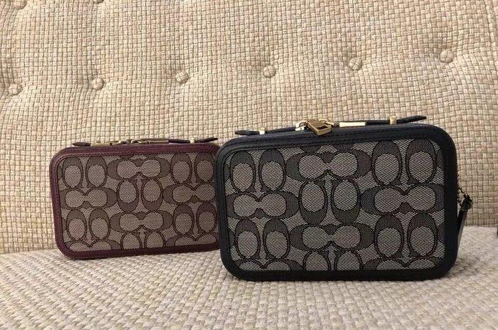 小皮美國代購 COACH 4813 新款Alie女士腰包 經典老花配色相機包 手拎包 單肩斜挎包 附購證