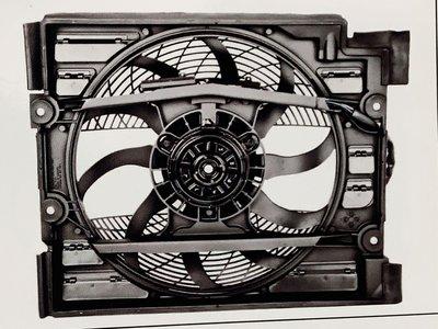 BMW E39 水箱風扇總成 ,冷氣風扇(德國馬達4P插頭)
