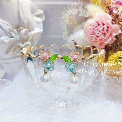 💎1196、稀有高貴輕釉花漾少女精品耳環💎正韓飾品 耳環 珠寶 925純銀針 EE017