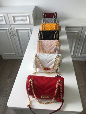 NaNa代購 MICHAEL KORS MK CECE羊皮中號 鏈條時尚潮流包 單肩斜挎包 雙肩帶 質感柔軟 附購證