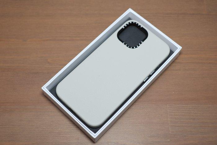 iPhone 12 Pro Max Castify 皮革保護套