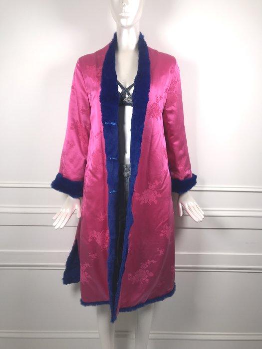 [我是寶琪] 關穎二手商品 粉紅絲質棉襖外套