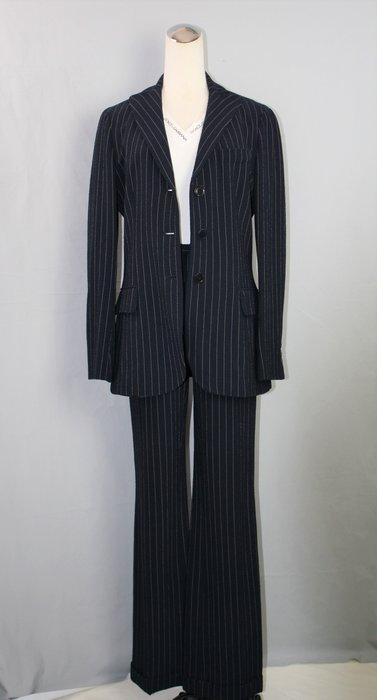 海洋工坊二手名牌旗艦店~MOSCHINO 深藍直條紋褲套裝