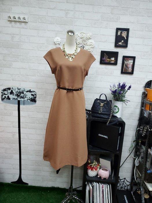 重量級 Max Mara 經典美駝色 超~完美修身剪裁 時尚腰帶洋裝