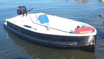 (飛帆)訂做370x146,46kg單體碳纖維船,小車載大船,波特船,釣漁魚船,泡棉船,不破的橡皮艇,摺疊船