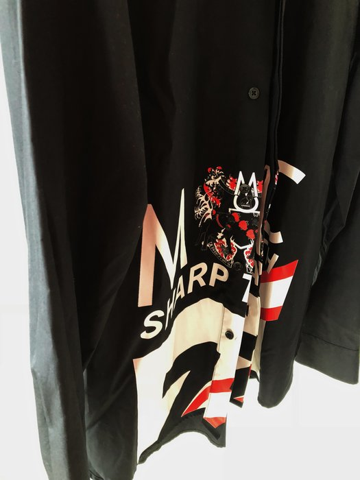 原價四萬多 團團 SAM MC LONDON 限量黑色襯衫
