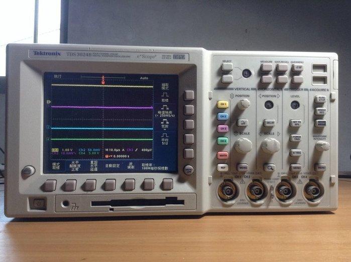 Tektronix 太克 TDS 3024B 數位螢光示波器  示04
