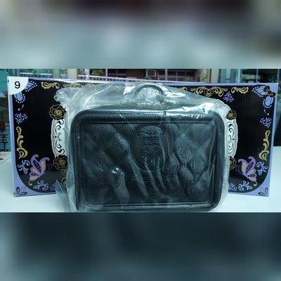 外出手拿包  7-11 凱蒂 魔幻紫Kitty 鑰匙圈「ANNA SUI x三麗鷗」另有⋯集點送手提袋、證件套 絕美夜燈、香氛蠟燭等