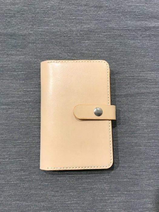 【IAN X EL】可扣式頭層皮革護照夾 純手工皮件