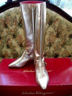 原價$42000全新Salvatore Ferragamo 頂級小羊皮貴氣金色長靴(VOGUE年度10大必買單品 )