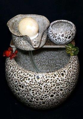 【星辰陶藝】(現貨,球盤無燈,天目白) 6公分小滾球流水,蛋型, 時來運轉,財源滾滾,風水滾球