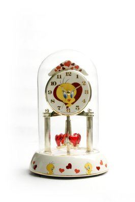 Tweety Anniverary clock