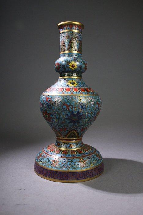 悅年堂 --- 乾隆年制款 銅胎 掐絲琺瑯 纏枝蓮紋 瓶