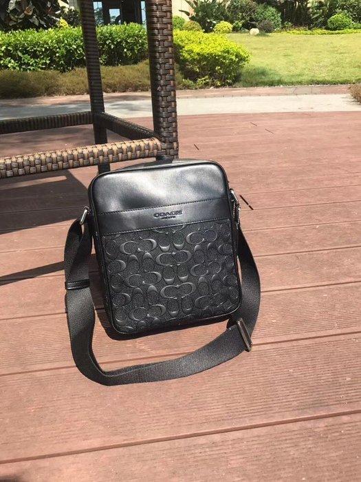 NaNa代購 COACH 11741 浮雕壓紋 時尚簡約 斜跨包 小巧 放隨身物品 附購證 買即送禮