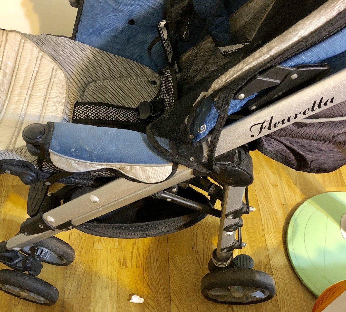 fleuretta 芙莉塔 四輪 避震 嬰兒手推車、蚊帳、戰車級推車