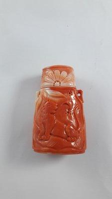 珊瑚鼻煙壺【宜寶堂】百年珊瑚 天然色澤精湛雕刻