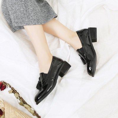 歐美2018新款漆皮英倫風女鞋 百搭圓頭流蘇粗跟單鞋女 中跟