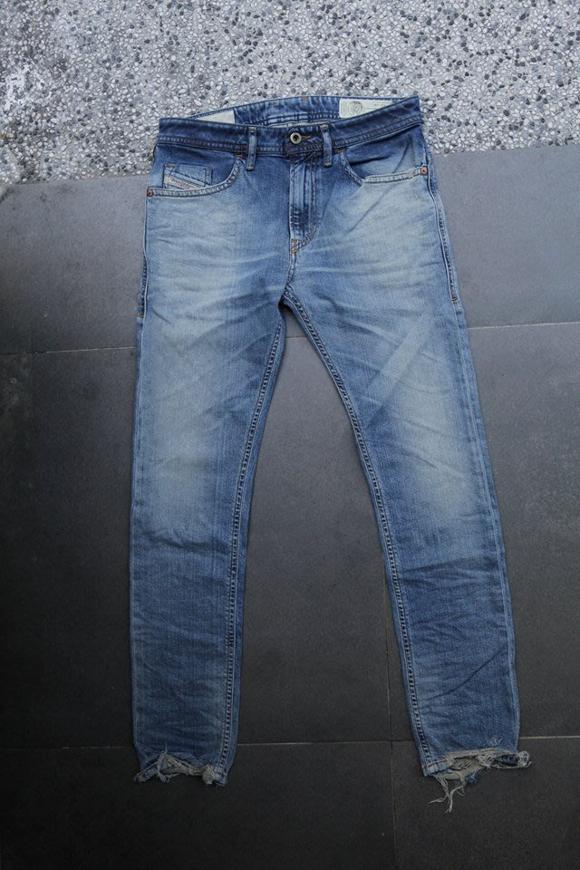 1850f75d DIESEL 19SS THOMMER 087AY 春夏款白水洗復古破壞義大利製單寧
