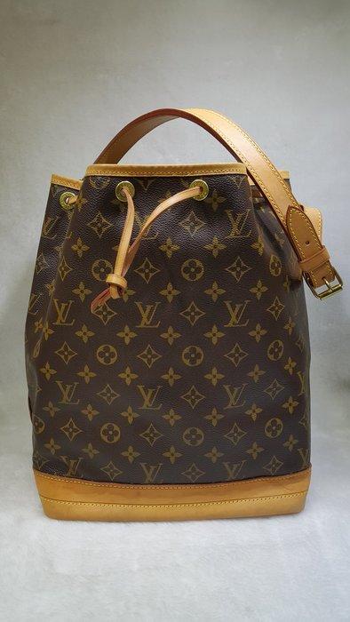 *旺角名店* ㊣ Louis Vuitton LV M42224 原花 大 水桶包 束口包 側背包 可以改斜背
