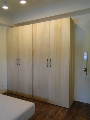 桃園系統櫥櫃、梧桐木衣櫃、室內設計、天花板裝潢