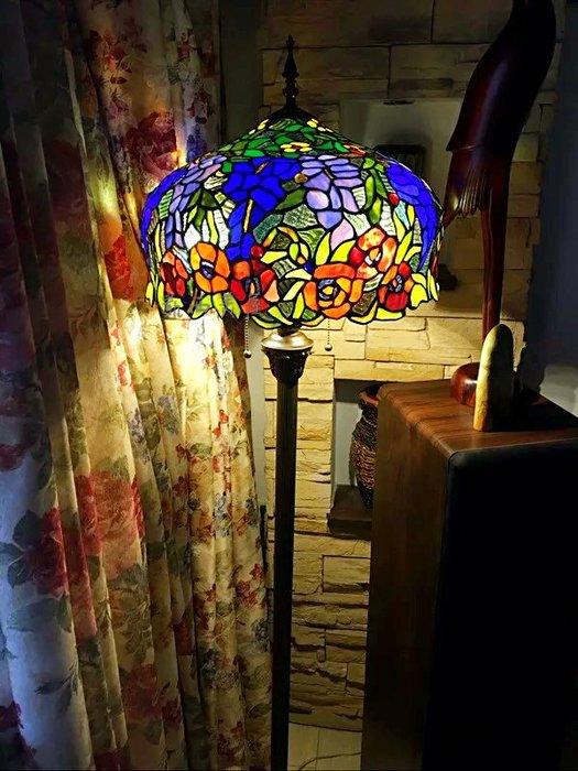 凱西美屋 浪漫田園復古風16寸帝凡尼花草玫瑰立燈 弟凡內 Tiffany 落地燈 帝凡尼夜燈