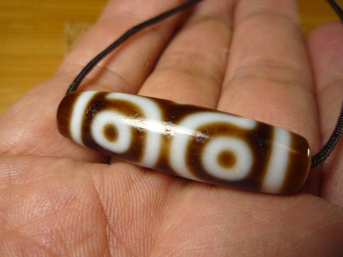 【珠添神聖】 傳說天珠 西藏標準型 牙黃佛三眼天珠  ~隨附收藏珠寶絨布袋~LG2