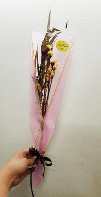 娃娃屋樂園~韓式乾燥花束 每束100元/畢業花束/畢業熊/學士熊/教師節花束