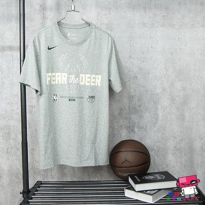 球鞋補習班 NIKE NBA PLAYOFFS BUCKS 季後賽 公鹿隊 灰綠 運動 短袖T恤 DR0090-063