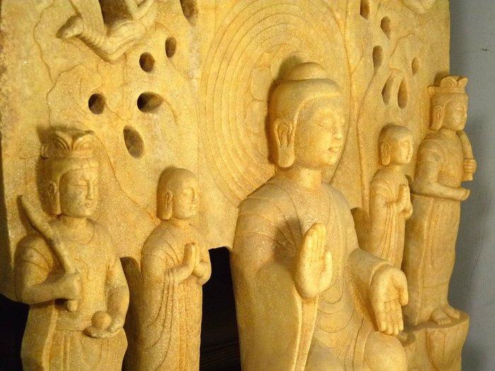 花見小路136 古美術 漢白玉 釋迦牟尼 迦葉阿難 背屏式造像134.4 x 82.5 x 25.2 cm