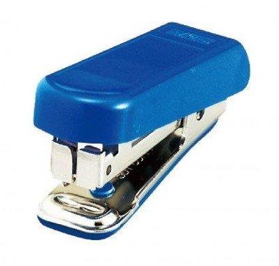 手牌 迷你輕巧型訂書機 1110C 釘書機、單次可訂70磅紙16張~~26元