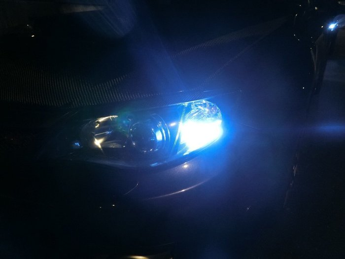 ◇光速LED精品◇T10 兩段式爆閃燈泡 爆亮款 魚眼 透鏡 白光 藍光   爆閃 無極性
