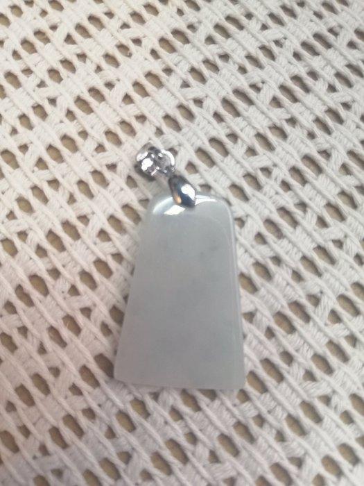《D.N.醉愛翡翠》天然緬甸玉A貨翡翠糯冰種水,完美無事牌, 925純銀扣頭
