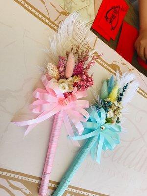 [花妍設計]藍色系乾燥花羽毛簽名筆/婚禮簽名筆/會議簽名筆/婚禮收禮桌簽名筆(附透明外盒)