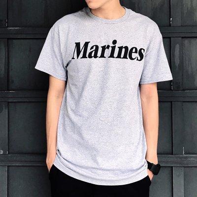 【 WEARCOME 】ROTHCO MARINES PRINTED 短袖 海軍陸戰隊 字樣/灰
