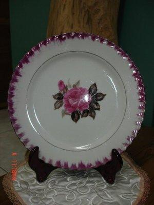 您必須珍藏早期手繪玫瑰花的精緻老盤子