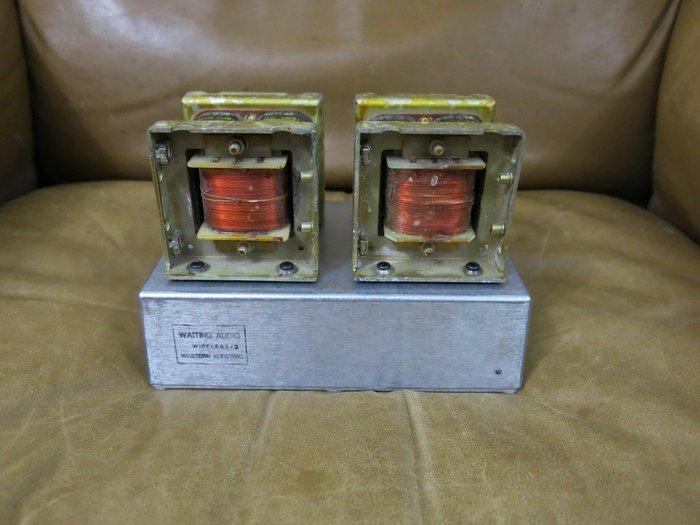 英國古董雙C-CORE級間變壓器無線音響接收器(西電.WE參考)